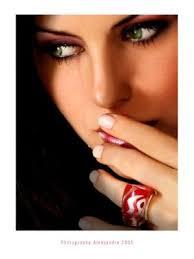 عبارات تستدعي الصمت ..!! images?q=tbn:ANd9GcQ