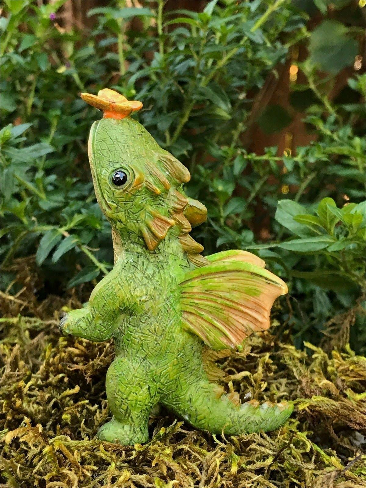 Marshall Home and Garden Soft Landing Dragon Textured Green 4 x 2 Resin Stone Collectible Figurine