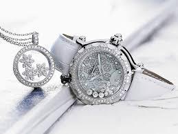 ساعات جديدة جميلة  يا بنات ادخلللللللللللللللواااااا images?q=tbn:ANd9GcQ