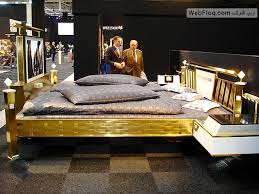 لن تصدق اثاث بالذهب !!!!!!!!!!!!!!! images?q=tbn:ANd9GcQ