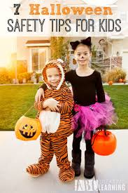 Spirit Halloween Arlington Tx by Best 25 Halloween Safety Tips Ideas On Pinterest Costume For