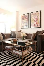 Brown Living Room Decorations by Best 25 Chocolate Couch Ideas On Pinterest Brown Living Room