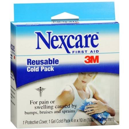Nexcare First Aid Reusable Cold Pack - 1 Protective Cover, 1 Gel Cold Pack