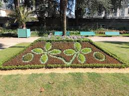 Flowers For Flower Beds by Carpet Bedding In Gardens U2013 How To Plant Flowers To Spell Out