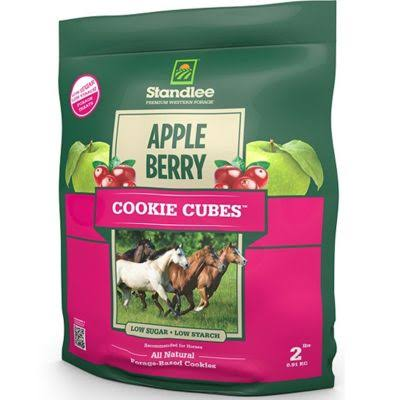 Standlee 2 lb Apple Berry Cookie Cube Horse Treat