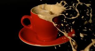 images?q=tbn:ANd9GcRFKdmp5gkK NUDlgCOsEHpdsQUJDOFiysLO8sJvvwrUQDM4gjz - آیا نوشیدن قهوه با خود کشی در ارتباط است؟