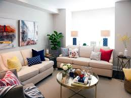 Cook Brothers Living Room Furniture by Property Brothers Drew And Jonathan Scott On Hgtv U0027s Buying And