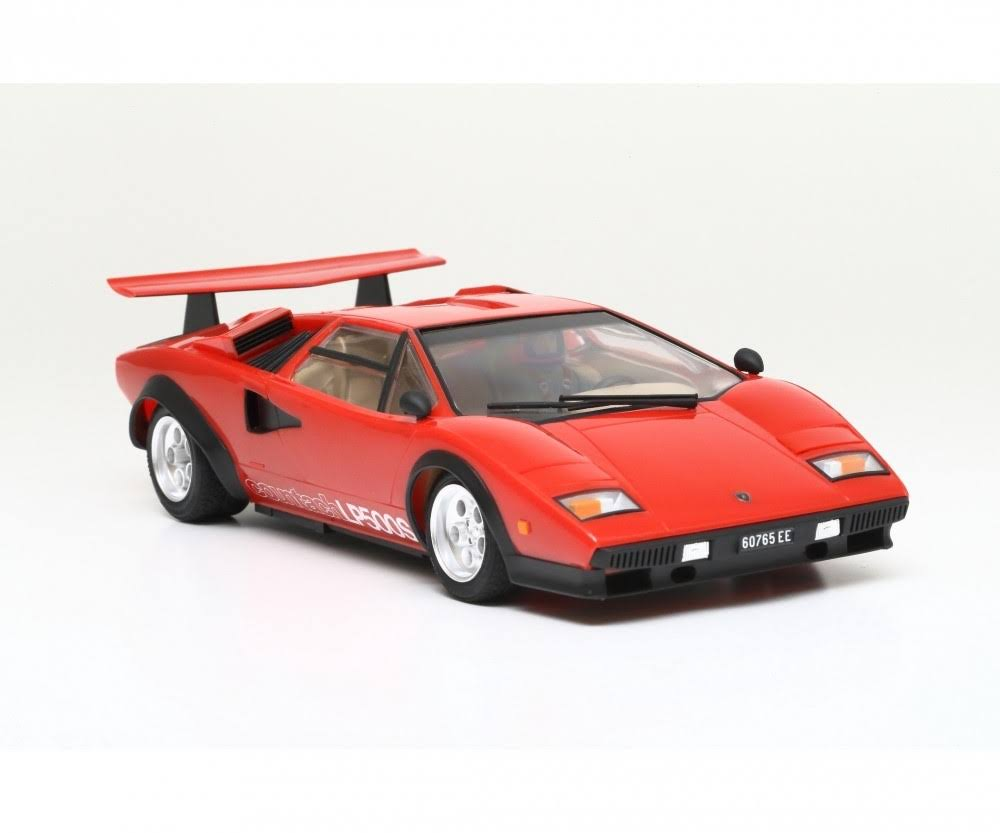 Tamiya LP500S Lamborghini Countach Plastic Model Kit - Red, 1:24 Scale