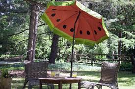Walmart Patio Umbrella Table by Paint A Fun Watermelon Pattern On Your Outdoor Umbrella How Tos
