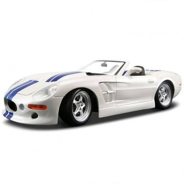 Maisto Shelby Series Die Cast Model Car - Red, 1/18 Scale