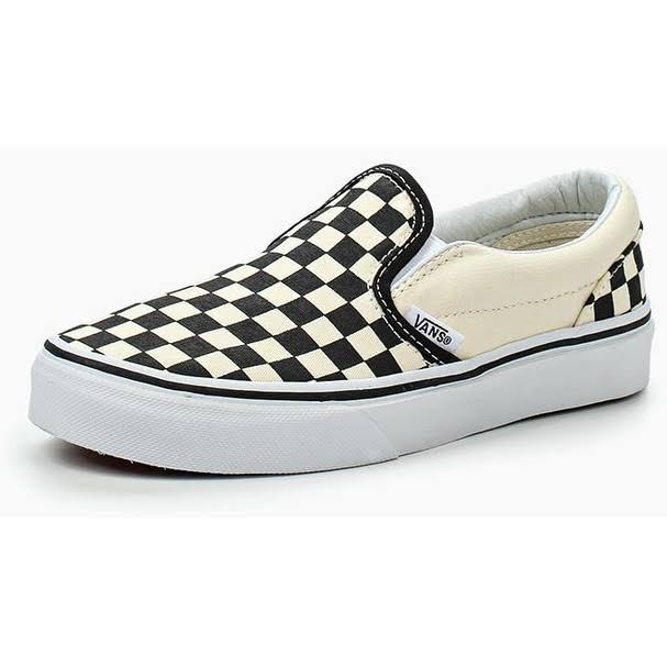 Vans Boys Kids Classic Slip on Shoe - Black and White, 1 US Youth