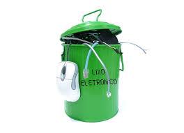 Governo cria comitê para debater descarte de lixo eletrônico no país