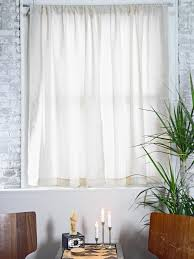 No Drill Window Curtain Rod by How To Hang Curtain Rods How Tos Diy