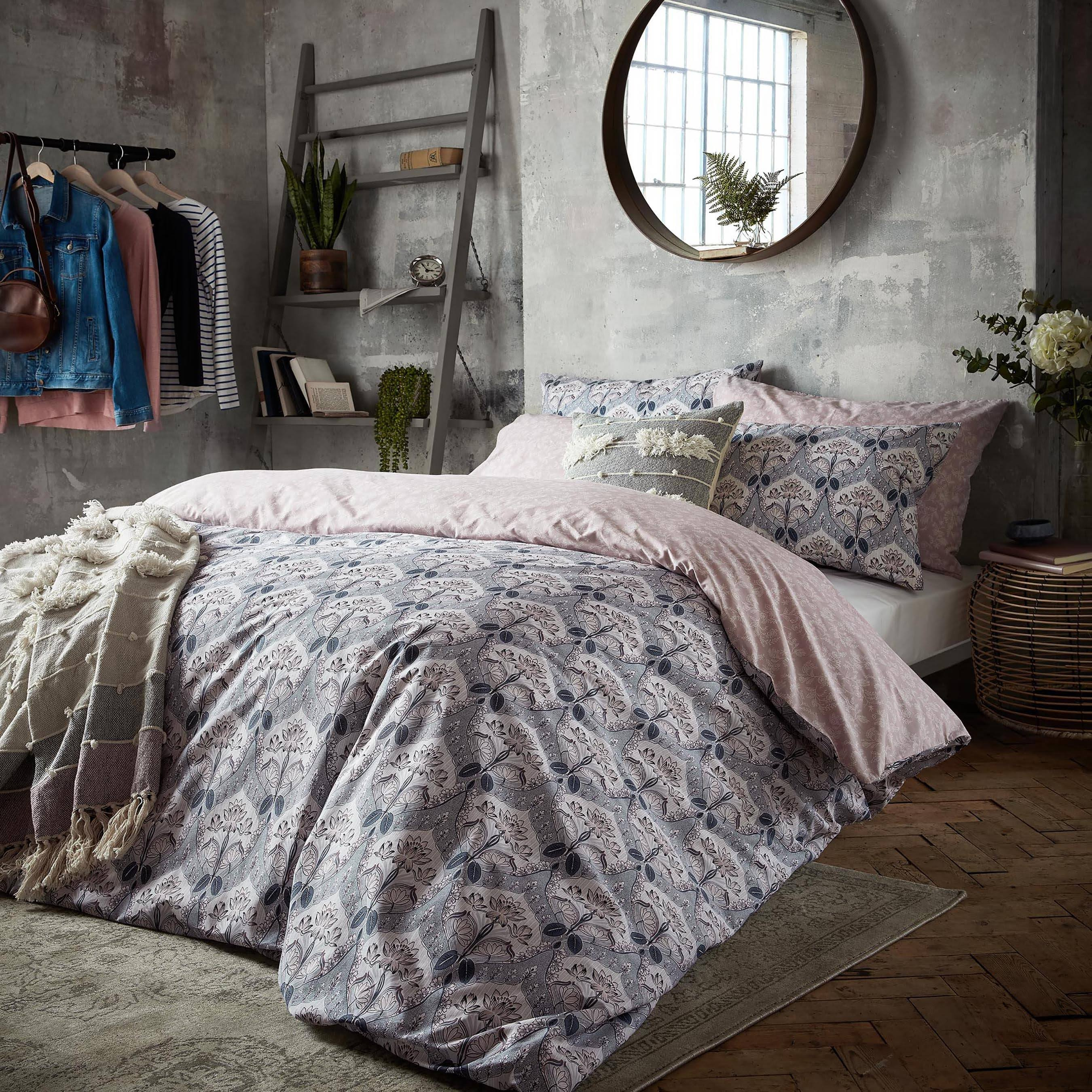 Fat Face 'Waterlilies' Duvet Set