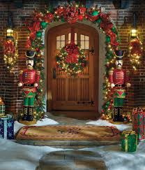 Frontgate Christmas Trees by A Welcoming Holiday Entryway In Four Easy Steps Frontgate Blog