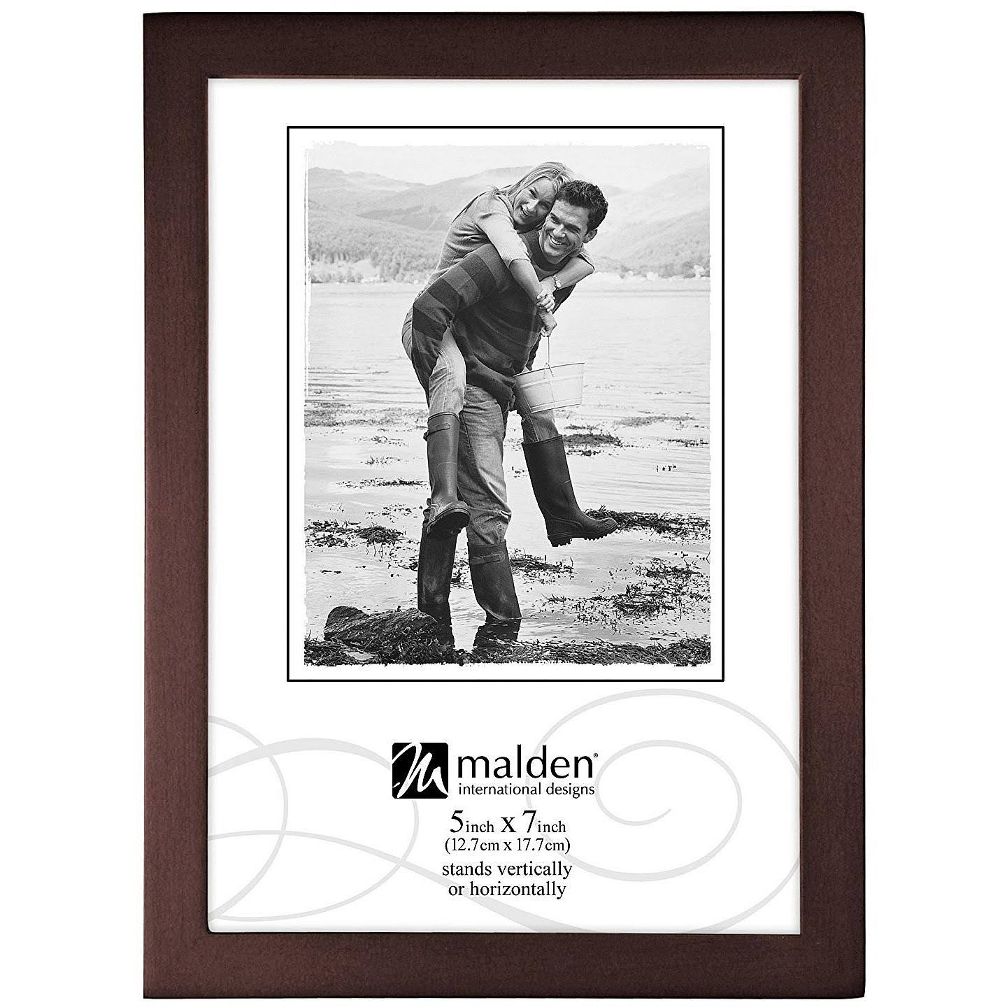Malden Walnut Concepts 5x7 Picture Frame