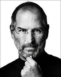 Apple'ın kurucusu Steve Jobs öldü