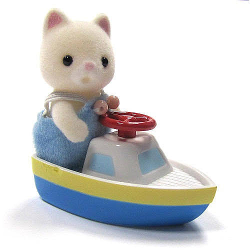 Calico Critters Friends in Mini Carry Cases Play Set - Cat and Boat
