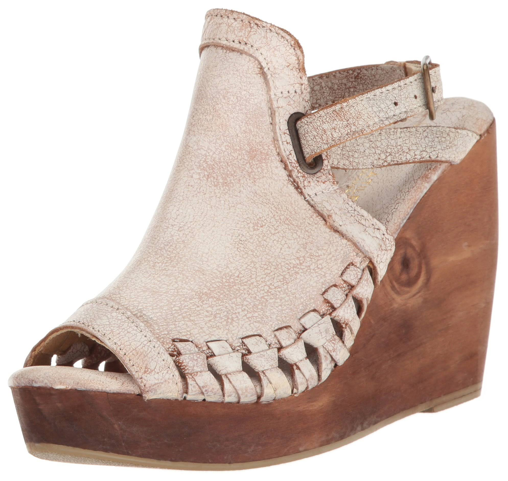 Volatile Carry White Wedges