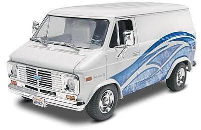 Revell 1/24 1977 Chevy Van Plastic Model Kit