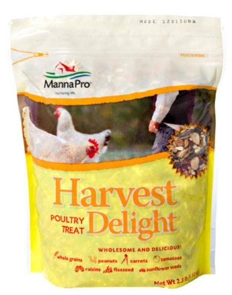 Manna Pro Harvest Delight Poultry Treat - 2.5lbs