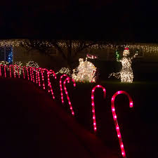 Altadena Christmas Tree Lane by Offbeat L A Four Local Christmas Picks To Help You Find That