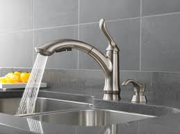 Foot Pedal Faucet Valve by Kitchen Faucet Rinsing A Pan Using The Metris Kitchen Faucet