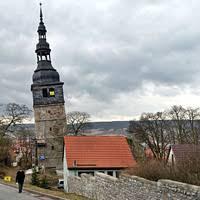 В Германии пытаются спасти церковную колокольню, накренившуюся более, чем знаменитая Пизанская башня