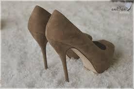 أجمل الأحذية لك يا الأركيدة الزرقاء images?q=tbn:ANd9GcT