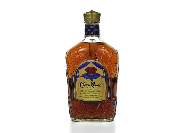 Crown Royal Whisky, Blended Canadian, Fine De Luxe - 1.75 lt