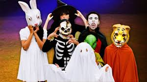 Toledo Zoo Halloween by Watch Out For Head Lice In Halloween Costumes
