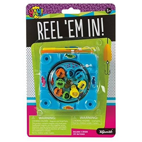 Reel 'Em in (Colors Vary) - Travel Game by Toysmith (90931)
