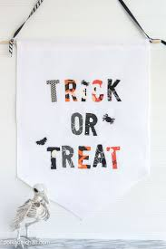 Halloween Candy Dish That Talks by 239 Best Halloween Decor Images On Pinterest Halloween Stuff