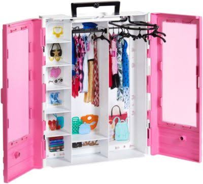 Barbie Fashionistas Ultimate Closet Portable