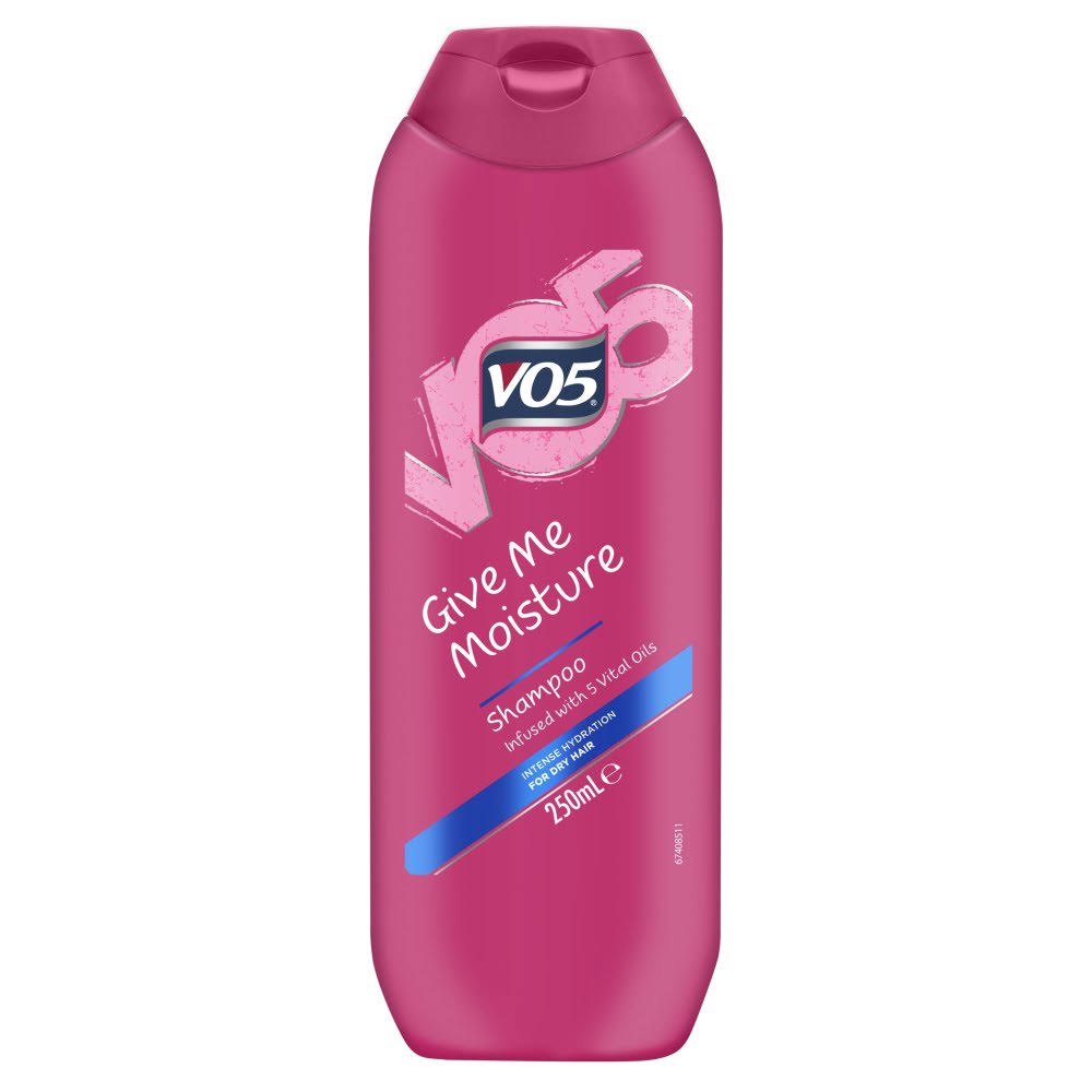 Vo5 Give Me Moisture Shampoo - 250ml
