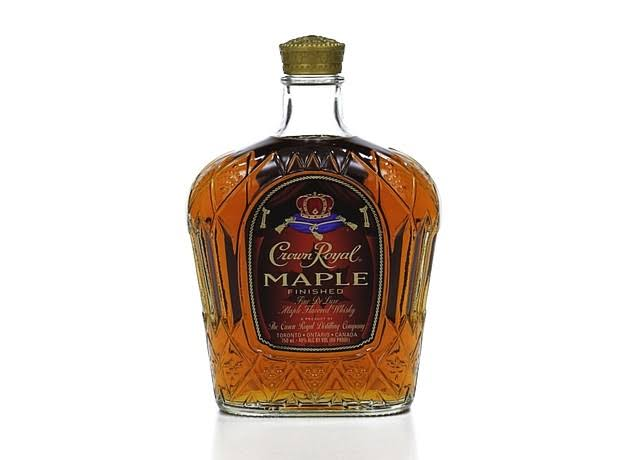 Crown Royal Whisky, Maple Finished - 750 ml
