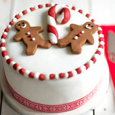 Cake Decoration Ideas For A Man by Gingerbread Man Christmas Cake Recipe Gingerbread Decorations