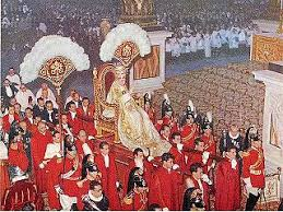 Секреты Папской ризницы. Облачения и убранство